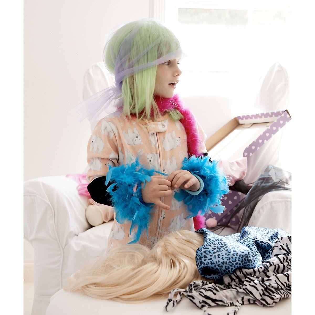 Diva Wigs & Dress Ups in Personalized Trunk