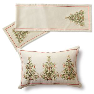 Ribbon Christmas Tree Pillow and Table Runner