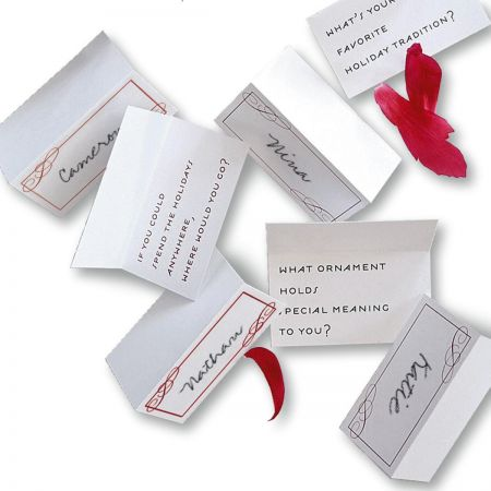 Christmas Conversation Place Cards - Scroll  (Holiday)
