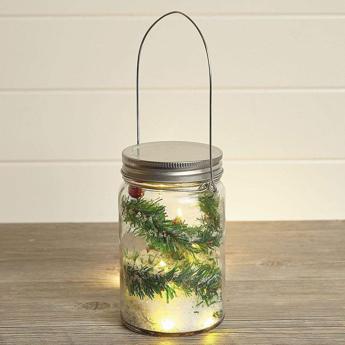 Pine & Berries LED in Jar