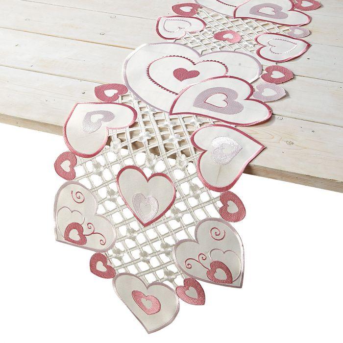 Valentine Hearts Table Runner