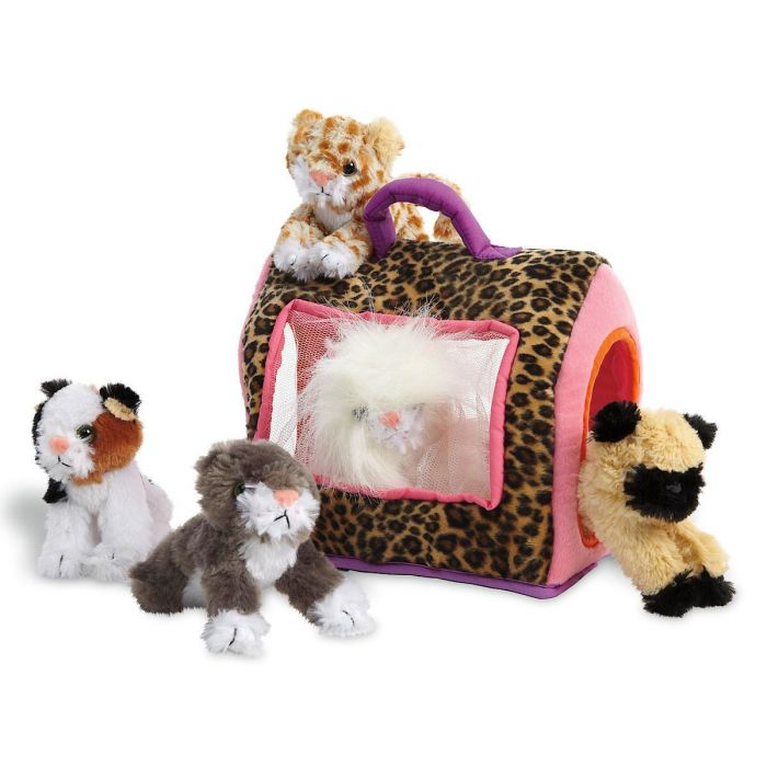 Kitty Kennel with 5 Plush Kittens