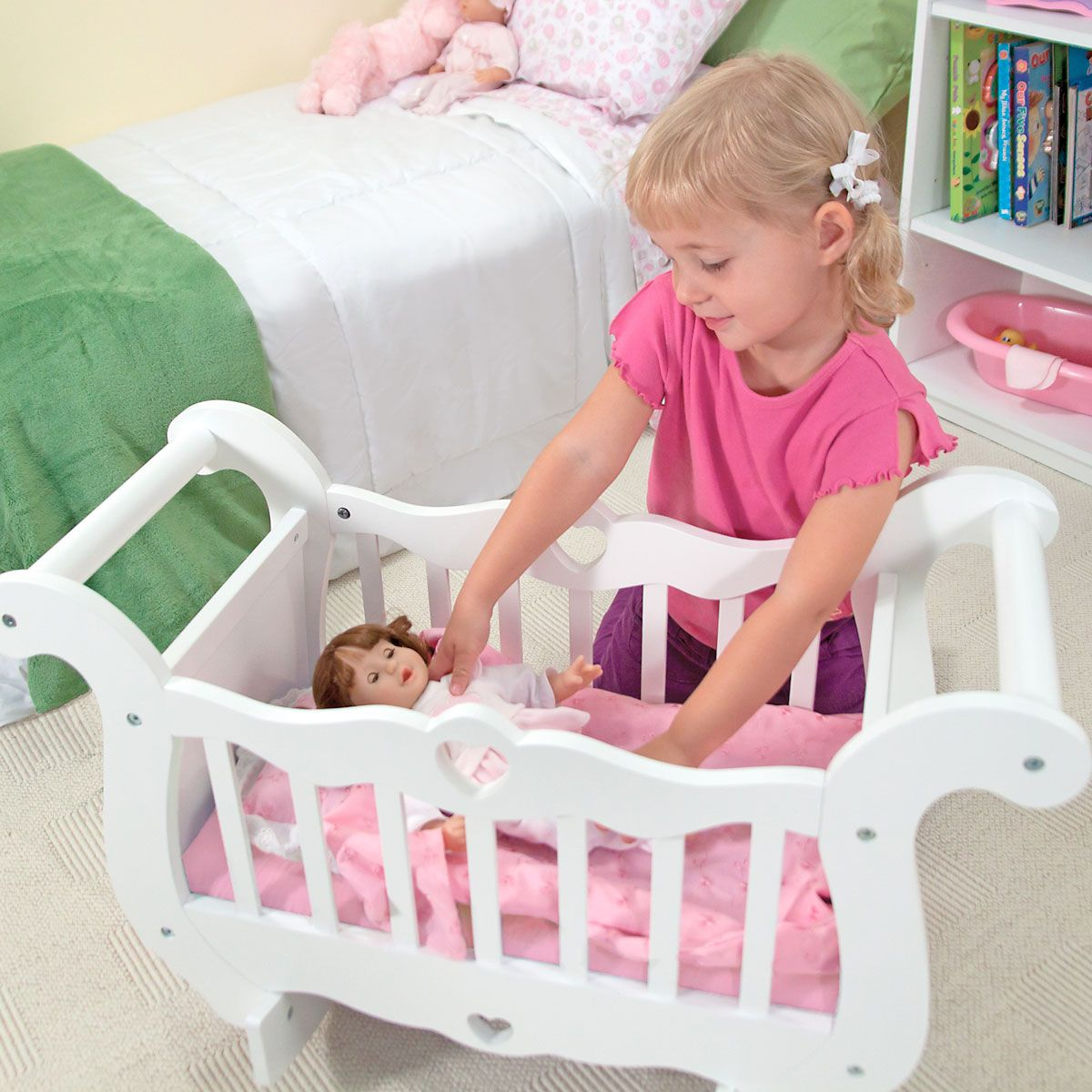 Wooden Crib by Melissa & Doug®
